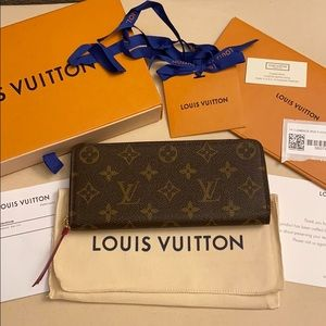 NWT LV CLÉMENCE WALLET w Box, Duster and Receipt